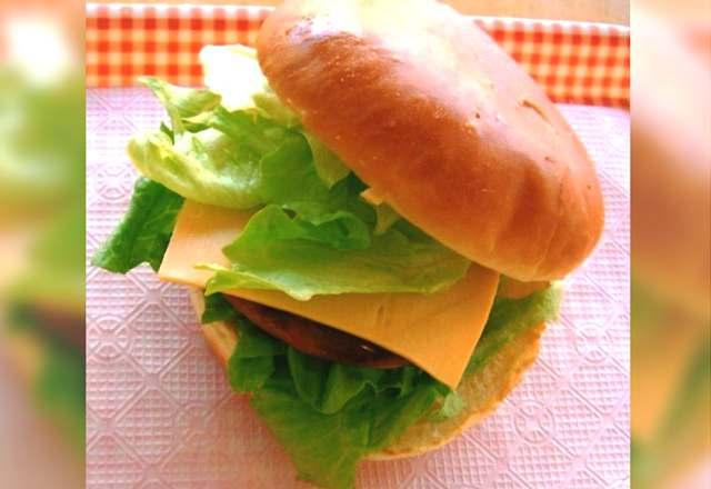 二戸 エイトビートバーガー チーズバーガー