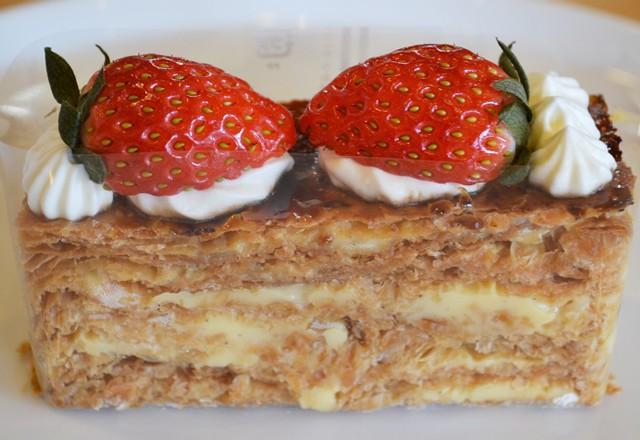 二戸 フランス菓子の店ルマン ナポレオン(ミルフィーユ)